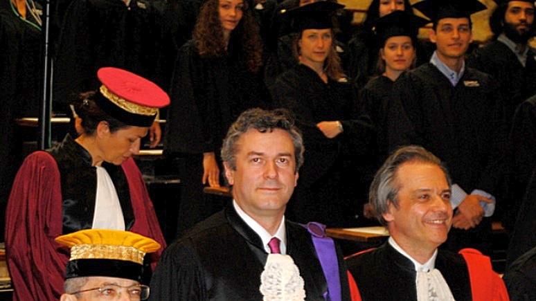 Профессор Сорбонны предупреждает: ЕС рискует повторить ошибки СССР