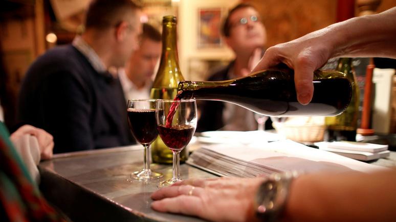 Times: французского министра объявили «угрозой нации» за борьбу с алкоголем