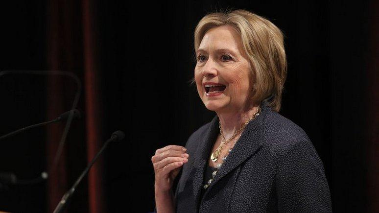 Клинтон: cаммит в Хельсинки — это «атака на американскую демократию»