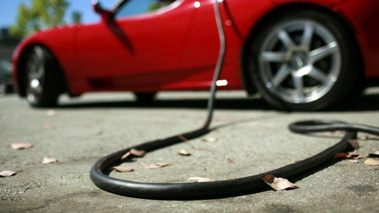 Die Presse: вместо подзарядки автомобили ещё долго будут заправлять бензином