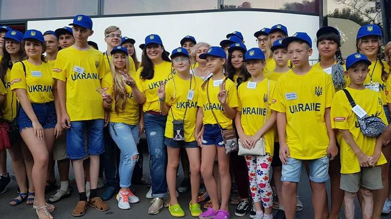 ЛБ: вместо детей украинских военных на отдых в Хорватию полетели «мажоры»