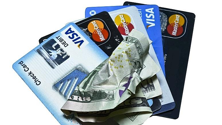 Slate: эксперты предупреждают, что отказ от наличных небезопасен для потребителей