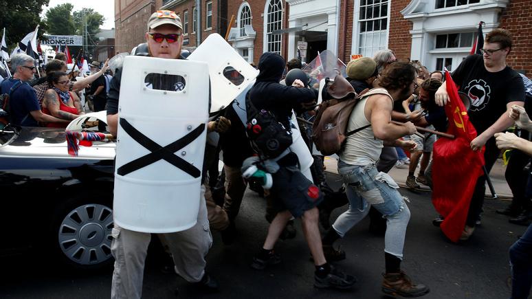 Обозреватель Boston Globe: расизм — более серьёзная угроза нашей демократии, чем Путин и тролли