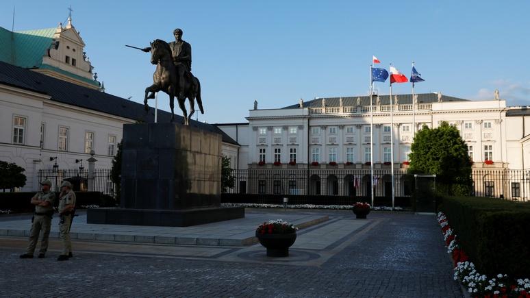 TVN24:  «пророссийский настрой» в Европе повлиял и на Польшу, но о перезагрузке с Москвой говорить рано