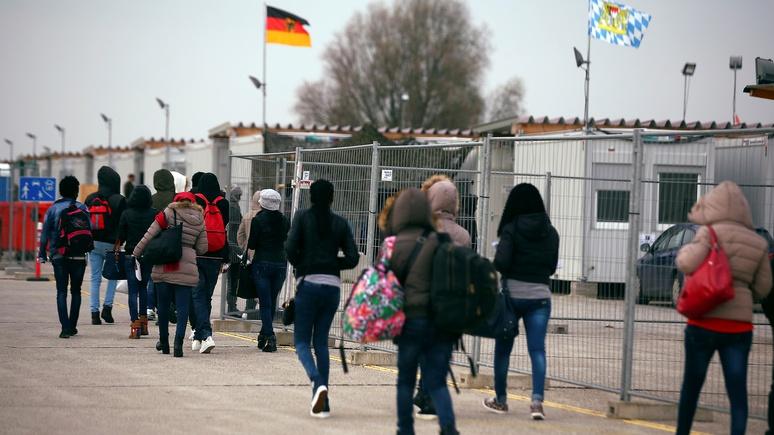 FT: разногласия по проблеме мигрантов свидетельствуют о политическом кризисе в ЕС