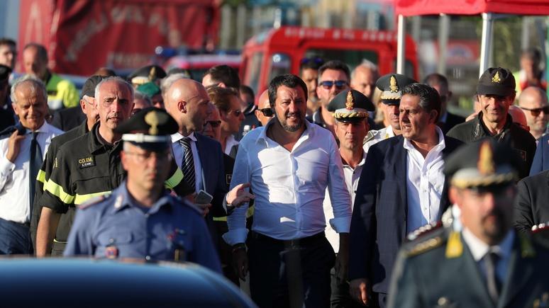 Guardian: отказ принять мигрантов грозит Сальвини допросом в сицилийской прокуратуре