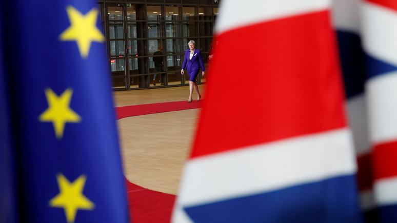 DT: разобщённый Евросоюз помешает Терезе Мэй ввести новые санкции против России