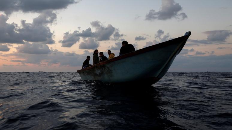 Обозреватель Libération: нелегальная миграция из Туниса станет для Франции «бомбой замедленного действия»