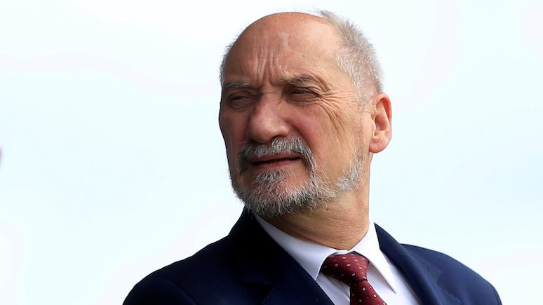 Экс-министр обороны Польши: Россия и Германия затягивают петлю на нашей шее