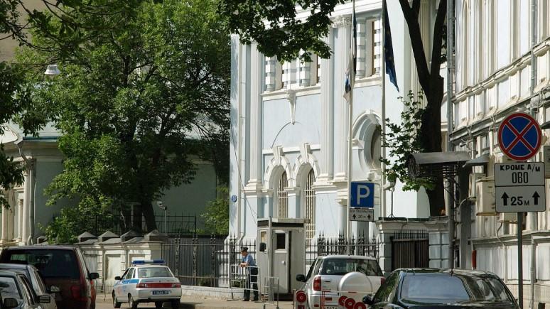 ERR: на украшение потолка посольства Эстонии в Москве потратят 36 тысяч евро