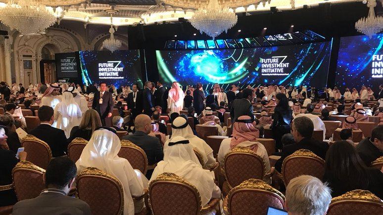 Times: место отсутствующих на «Давосе в пустыне» западных делегатов заняла Россия