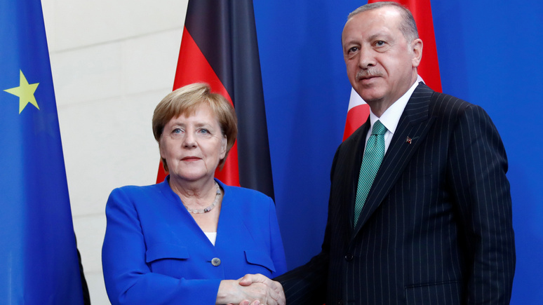Spiegel: Германии не нужен хаос в Турции, поэтому она прощает Эрдогану его «авторитарность»