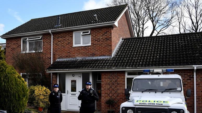 Daily Mail: Британия подумывала о том, чтобы спрятать Скрипалей за рубежом