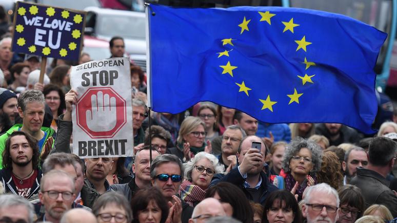 Standard предрекает британцам экономический спад и потерю миллиона рабочих мест после брексита
