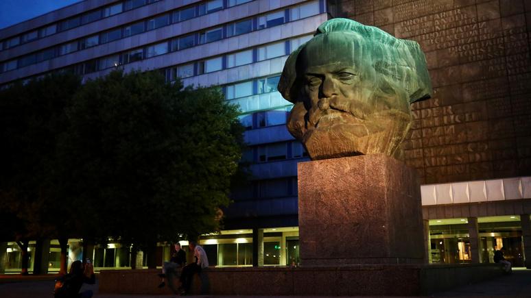 Times: чтобы помнили — в Лондоне предлагают увековечить зло коммунизма