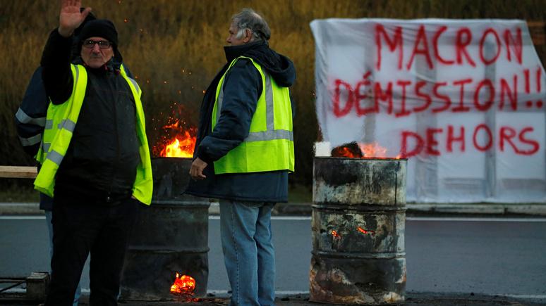 Обозреватель RTL: президентский срок Макрона можно считать оконченным