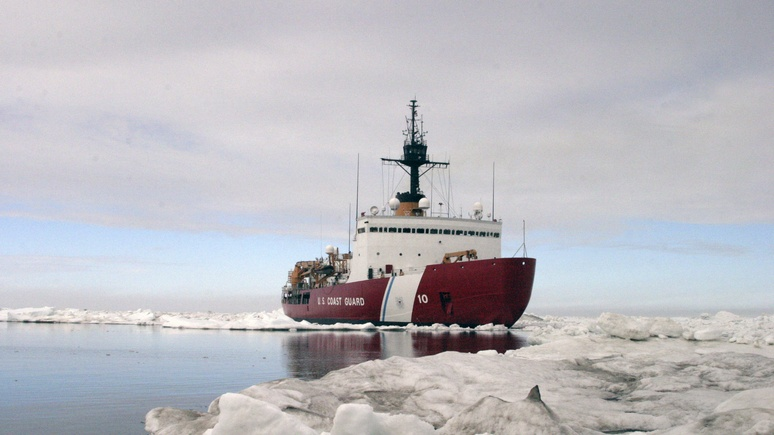 BI: экс-командующий Береговой охраны США рассказал о страхе сломать ледокол и просить помощи у русских