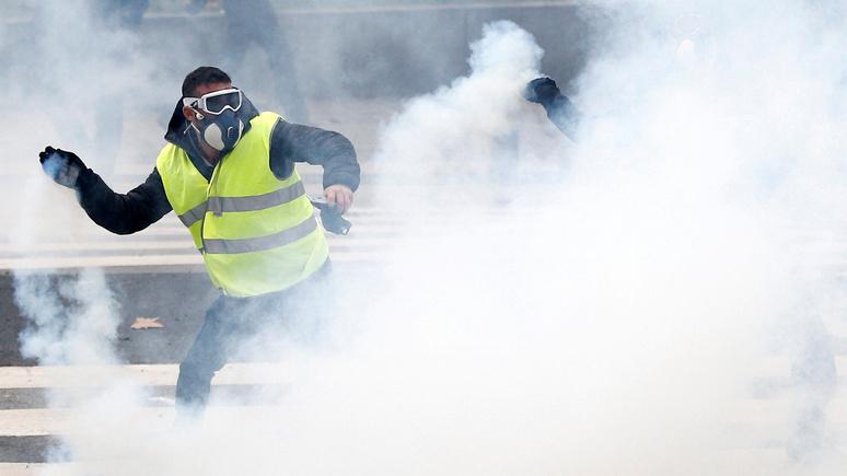 Le Figaro: шестой акт протестов «жёлтых жилетов» шокировал Францию своей агрессивностью