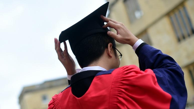 Times: британские университеты тратят миллионы на психическое здоровье студентов, но проблема лишь усугубляется