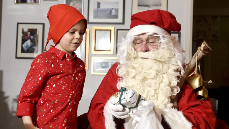 Le Figaro: травма для психики или волшебная сказка — эксперты не сошлись во мнении о пользе Деда Мороза для детей