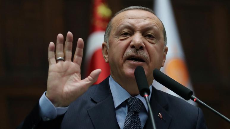 Guardian: Эрдоган осудил позицию США и попросил их отдать сирийские базы
