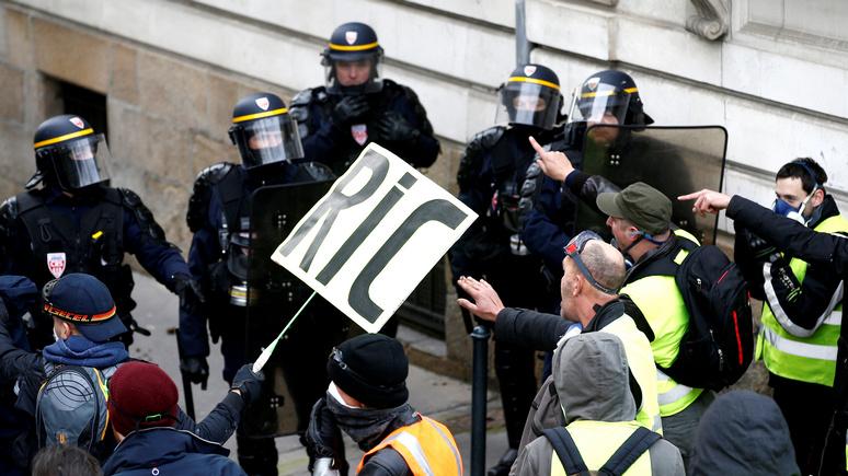 Эксперты: французские власти предпочитают охоту на «жёлтых жилетов» борьбе с настоящей преступностью