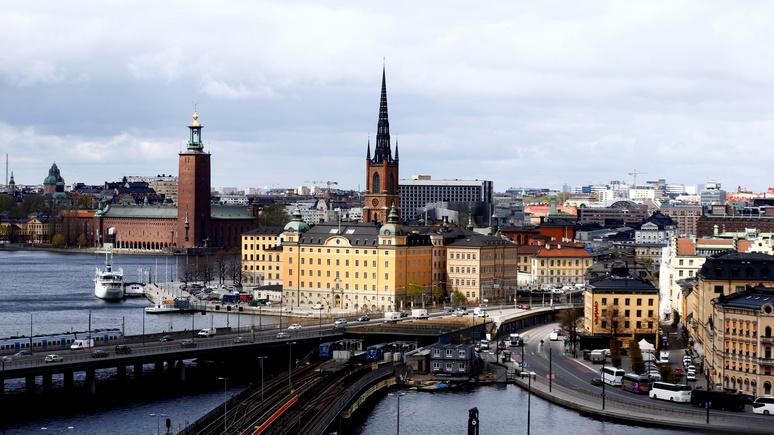 Писатель: Швецию охватило «безумие крайностей», и больших перемен ей не избежать