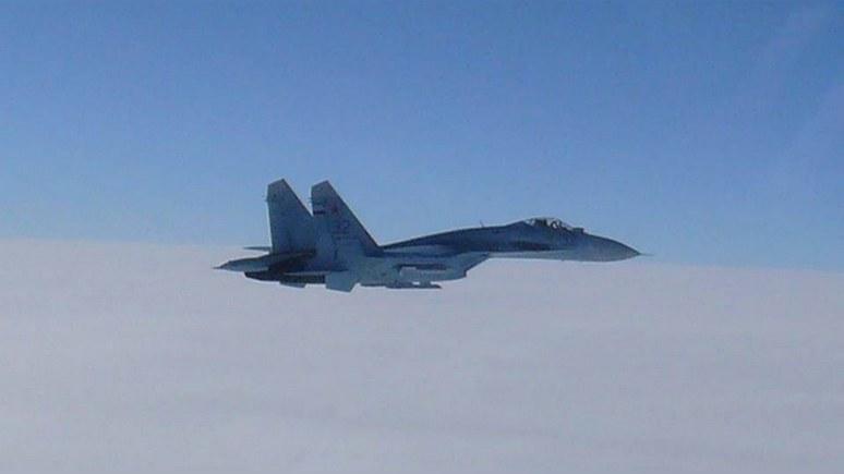 Aviationist: в небе над Балтикой российский Су-27 «агрессивно перехватил» американский F-15