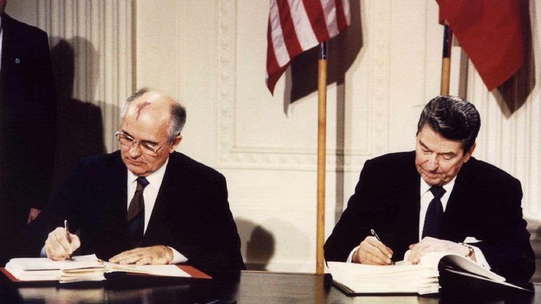 «Предательство наследия Рейгана»: мировые СМИ о выходе США из ДРСМД