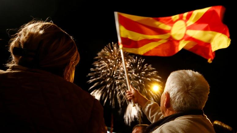 WSJ: вступление Македонии в НАТО — очередной успех Запада «на игровой площадке России»