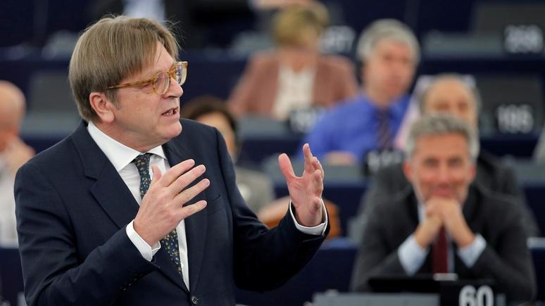 Экс-премьер Бельгии: в следующем десятилетии ЕС рискует столкнуться с «националистическим кошмаром»