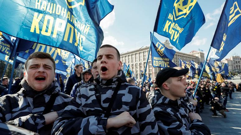 Вести: партия Порошенко списала конфликт с украинскими националистами на Россию