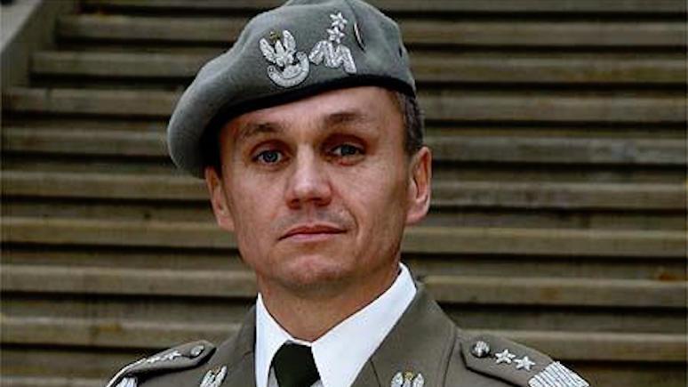 Польский генерал: благодаря членству в НАТО «зелёные человечки» до нас не дошли