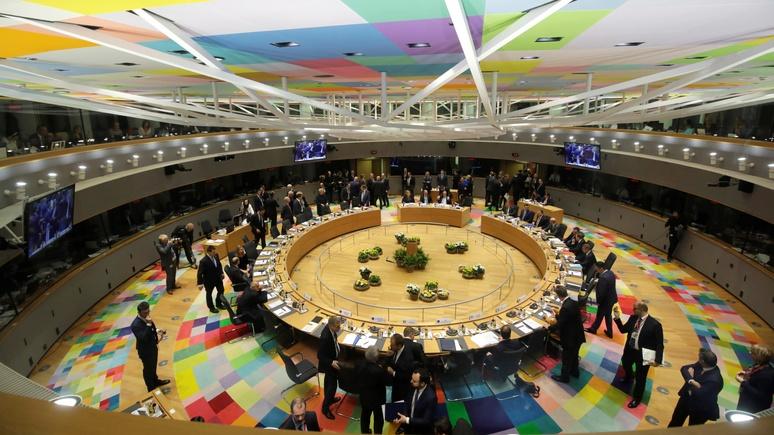 Немецкий политолог: Евросоюзу нечего противопоставить США, Китаю и России