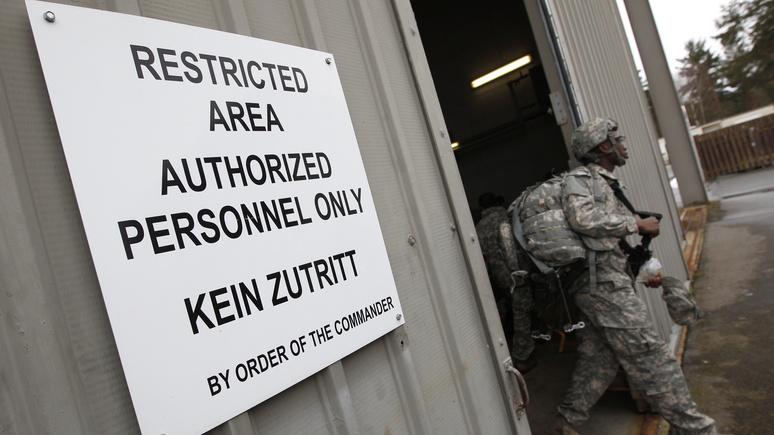 N-TV: у ворот немецкой авиабазы начались демонстрации против ядерных бомб США