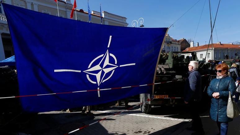 NI: НАТО — это зомби, хватит его реанимировать
