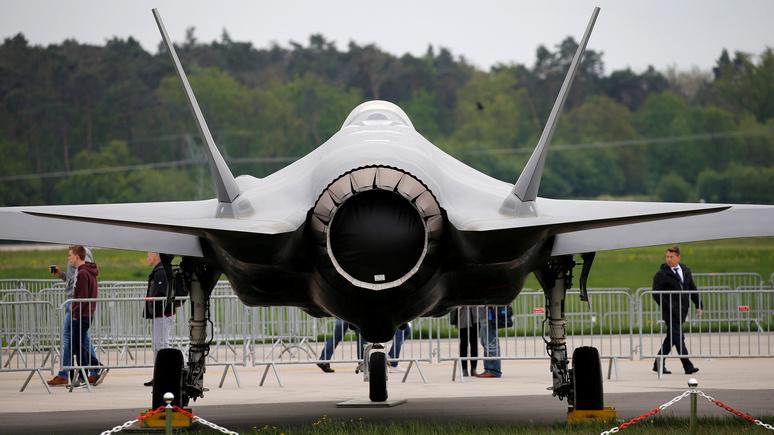 Washington Post: США заморозили участие Турции в программе F-35 из-за российских С-400
