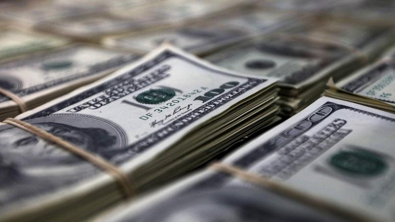Telegraph: из-за агрессивной политики Вашингтона доллар теряет свои позиции