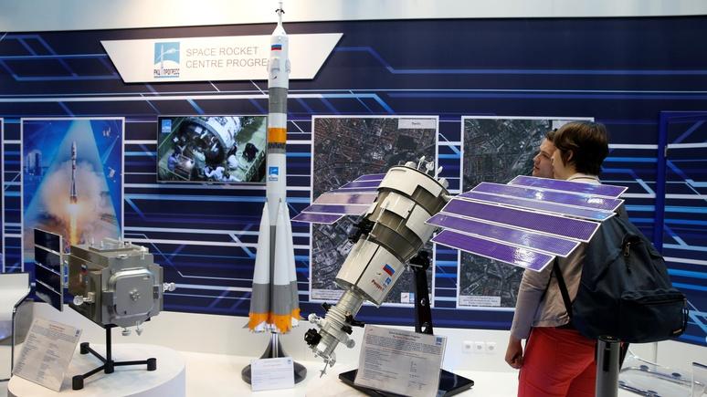 Breaking Defense: российские спутники с «большими ушами» и американские «инспекции» вносят смуту в космическое движение