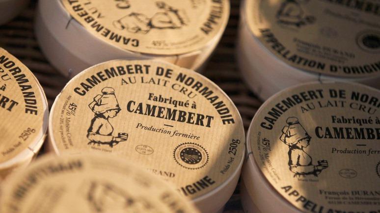 Daily Telegraph: камамбер-то не настоящий — французские сыроделы схлестнулись в борьбе за качество