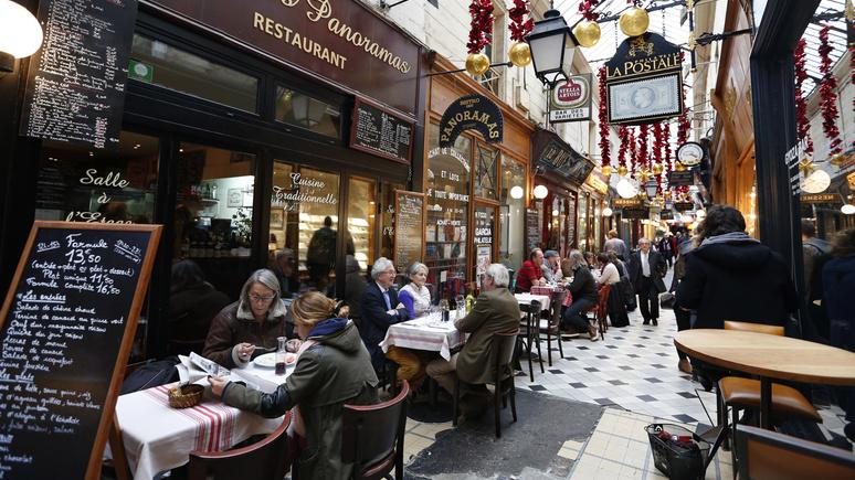 Le Figaro: идея «работать больше» не пришлась французам по душе