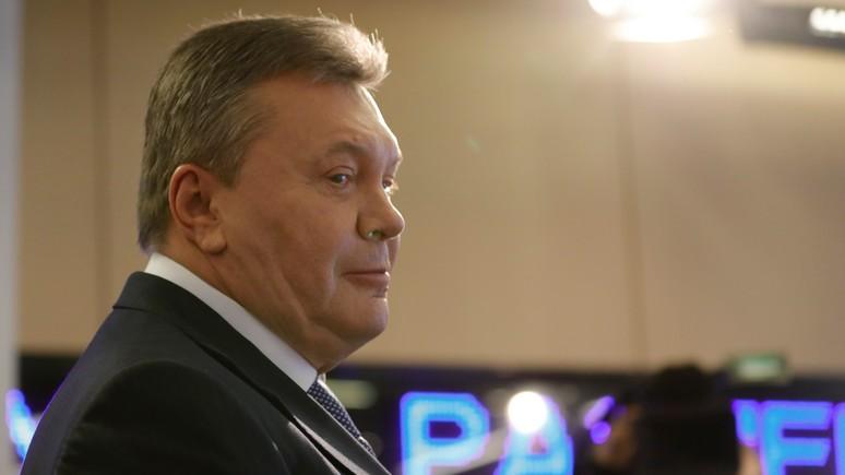 Обозреватель: Виктор Янукович поздравил Владимира Зеленского с победой