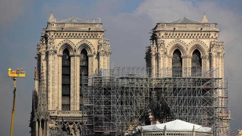 Le Figaro: голландцы предложили восстановить Нотр-Дам с помощью 3D принтера