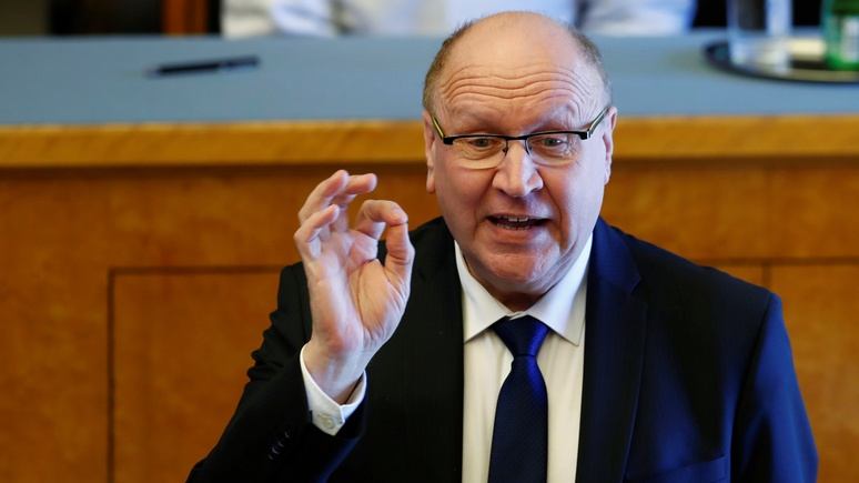 Independent: эстонские министры встревожили международное сообщество «расистским приветствием»