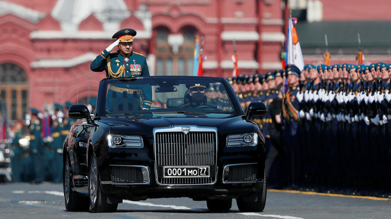 Times: «лимузин Путина» без верха покажут на параде 9 Мая