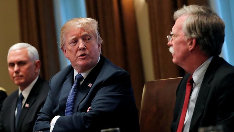 Politico: Трамп рассказал, что ему приходится «усмирять» нрав Болтона