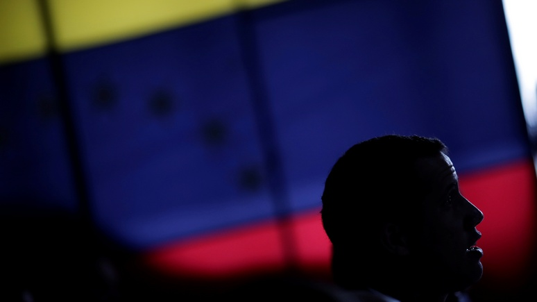 Bloomberg советует США сменить подход к венесуэльскому кризису — быть «поумнее»