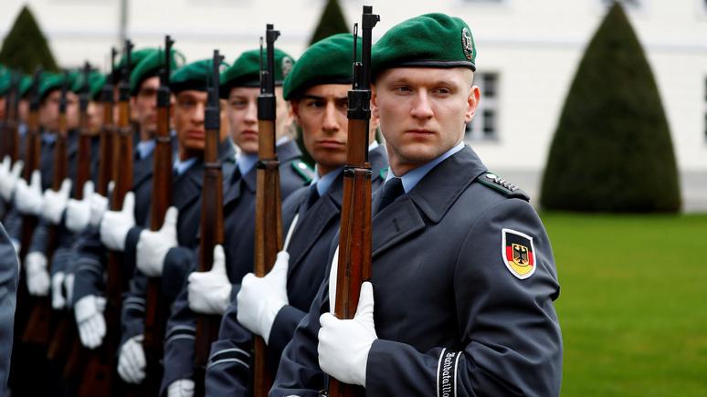 DLF: в Литве защиту бундесвера от «врага» ценят больше, чем на его родине