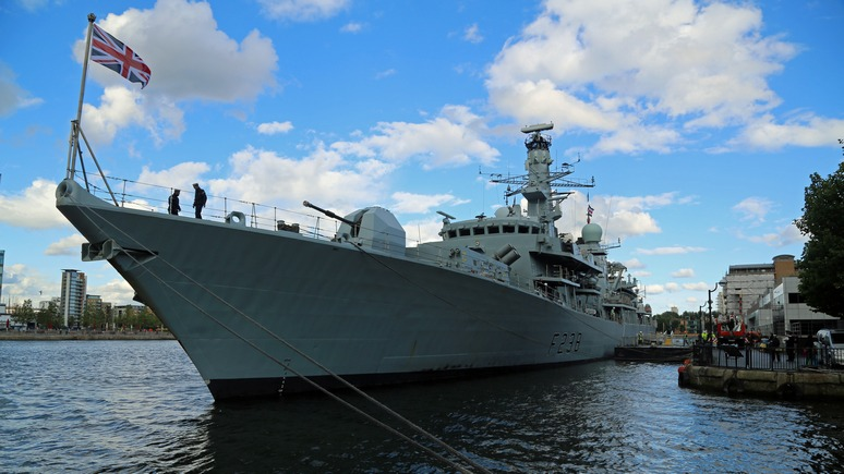 Sun: британский фрегат «выпроводил корабль Путина» из Ла-Манша