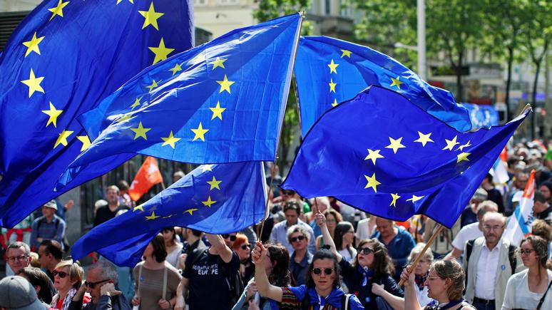 Politico: замах евроскептиков оказался куда страшнее их удара